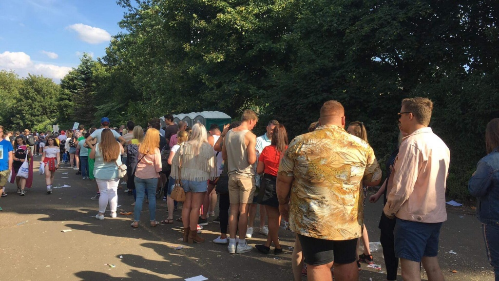 Glasgow Pride Queues - Helm Tickets